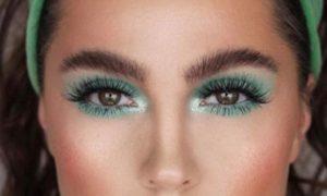Green eyeshadow makeup tutorial with Joanne Morgan