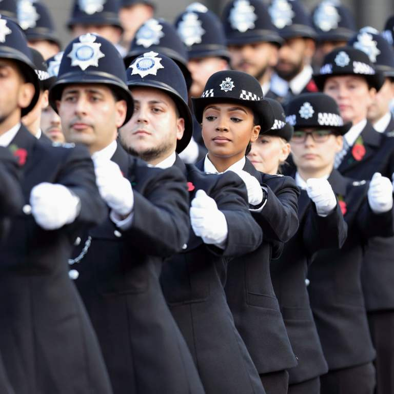 Met police told 40% of recruits must be from BAME backgrounds