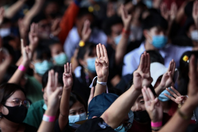 Tensions mount in Thai protests as Bangkok braces for major rally