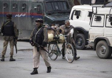Firing in Kashmir border - Indian Army kills two Pakistani soldiers