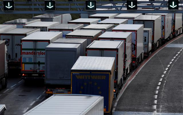 UK and France to set out plan to restart freight