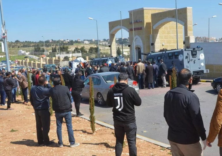 Protests erupt in Jordan after hospital deaths scandal