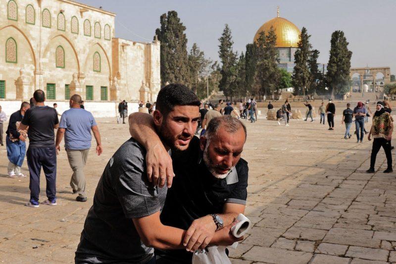Jerusalem crisis: 24 Paltestinians dead, inc 9 children as rocket attacks continue