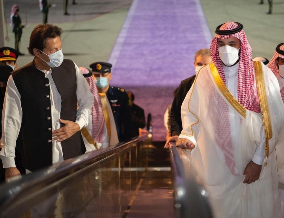 Saudi Prince MBS welcomes Imran Khan