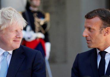 Emmanuel Macron to block new Brexit talks on Northern Ireland