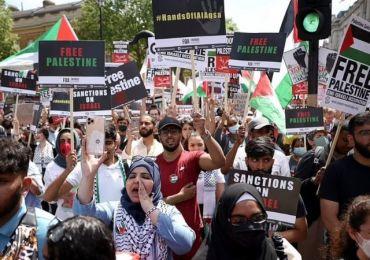 Pro-Palestine Marches Fill London's Streets amid G7 Summit