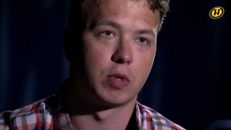 Roman Protasevich: Belarus journalist in 'hostage' video