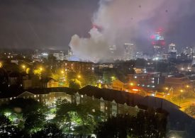 Croydon fire: Huge plumes of smoke spotted across capital as fire rips through house