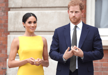 Meghan takes hint and stays away - 'Not popular with royals or public!'
