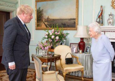 Alas, poor Hancock . . . Queen voices pity to Boris Johnson