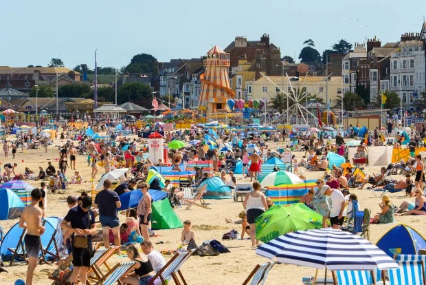 UK weather – Britain to bask in 31C sizzler as jet stream moves north bringing week long heatwave, Met Office says