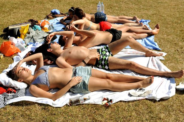 UK weather: Heat-health warning as temperatures set to soar in England