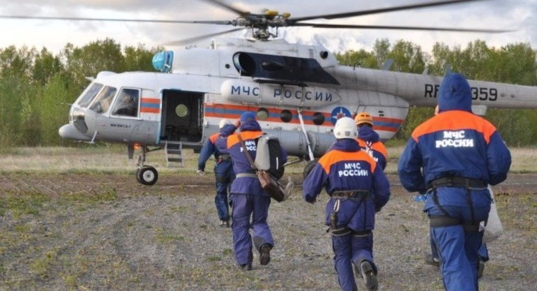 Tourist helicopter crashes into Russian lake