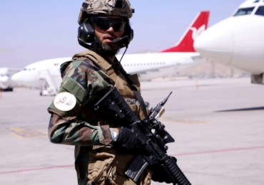 Afghanistan: 13 Britons evacuated to Doha after the Taliban allows 200 foreigners to leave Kabul