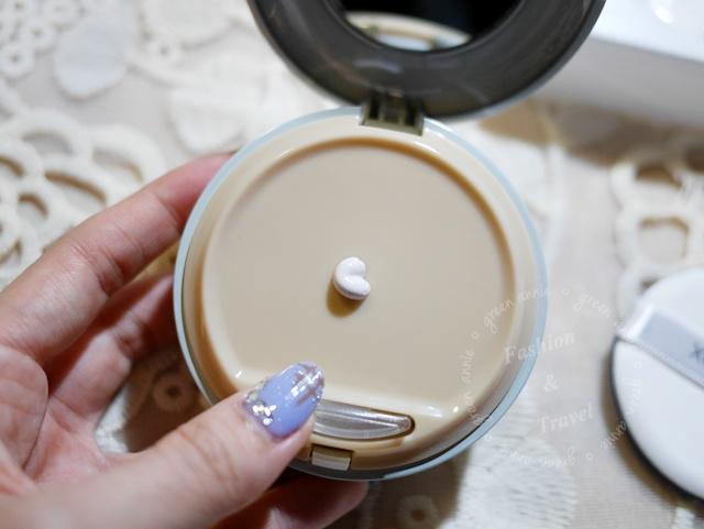 X2D2防曬CC光澤乳,用後臉部肌膚可潤色帶光澤感也有防曬系數