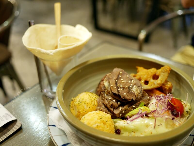 昨日花卷,跨界料理Offer oh~可吃到多種異國料理@台中西屯區