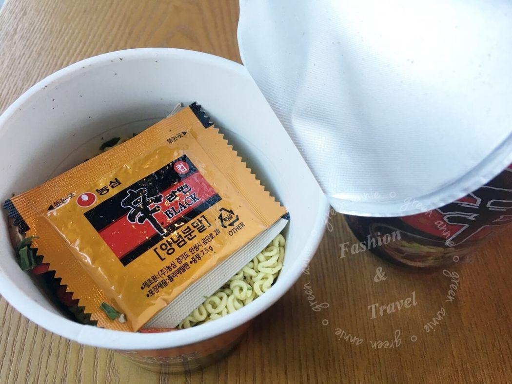 韓國-黑幸拉麵