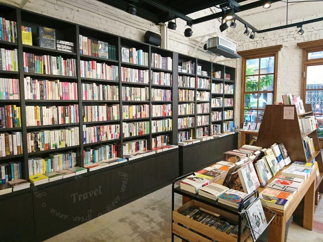 台北-赤峰街-浮光書店