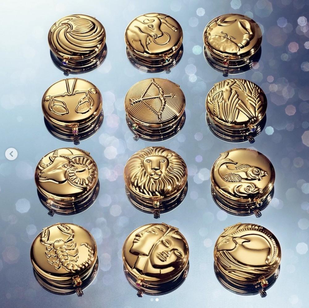 雅詩蘭黛推出「12星座蜜粉餅」