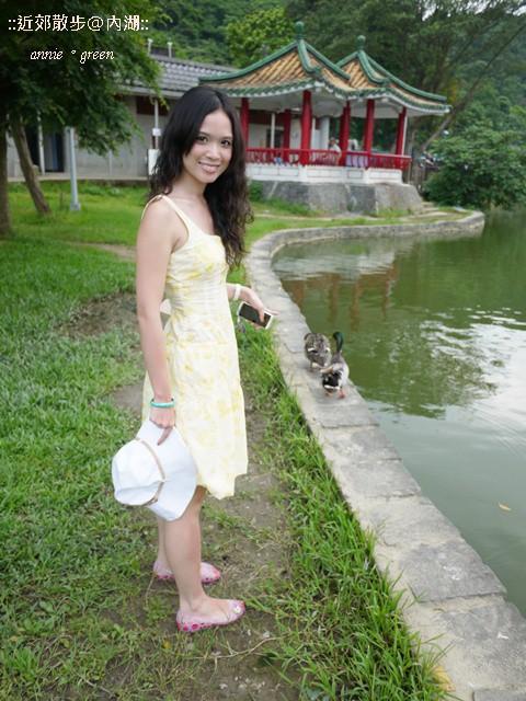 【安妮趴趴走】近郊小旅行vs. crocs休閒氣質穿搭