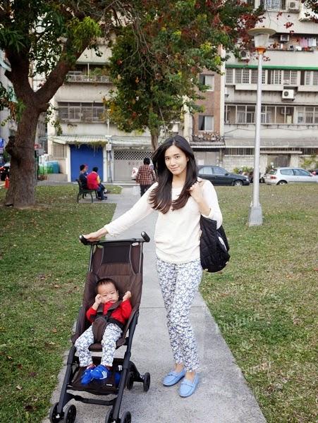 【生活】媽媽的好幫手POCKIT口袋推車~體積小又輕巧 @吳大妮。Annie