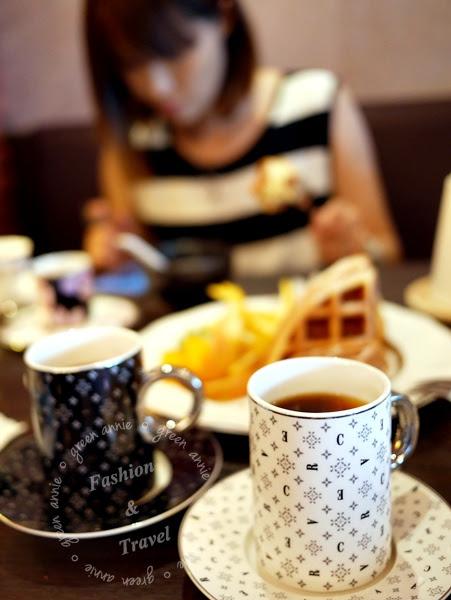 SIGRID Coffee適合好姐妹一同前來、第一次約會的尊貴咖啡廳~服務好咖啡好喝鬆餅也美味臨近捷運中山、松江南京(已停業) @吳大妮。Annie