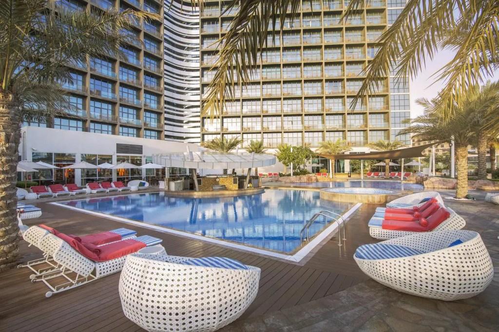 فنادق الامارات