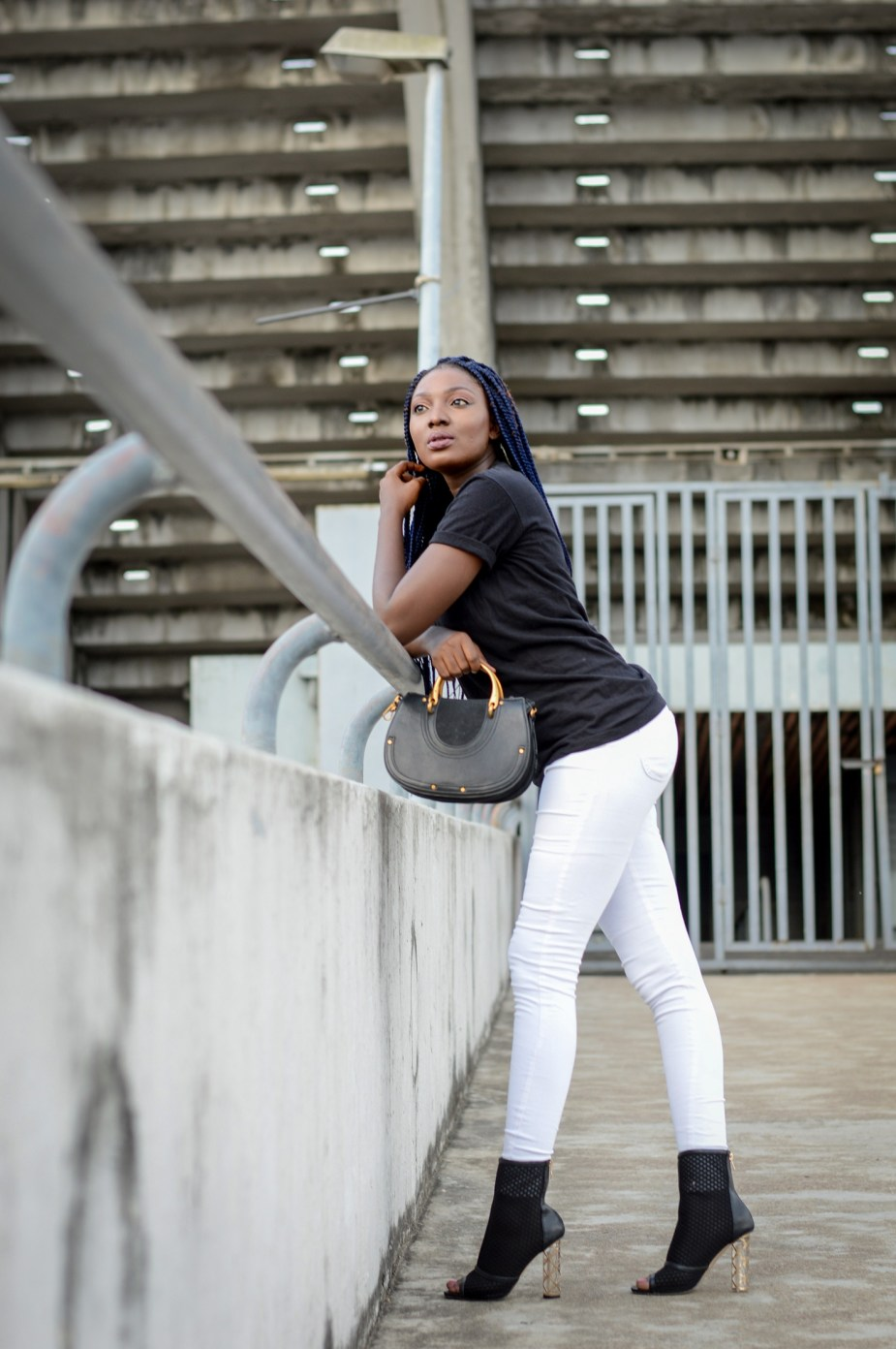 Black t-shirt Styling Basics Fashion Blogger Wumi Tuase