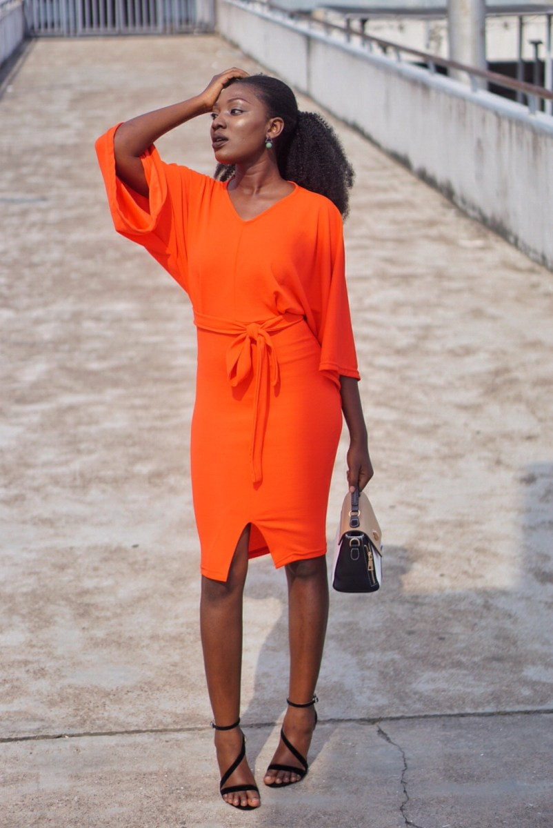 How to wear bright colors- 5 Major Tips