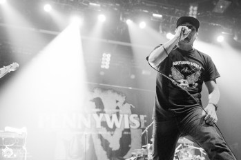 Pennywise_RiseAgainst-14.jpg