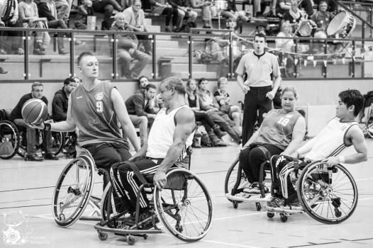 RBC Köln 99ers im ersten Heimspiel der Saison gegen den ASV Bonn. Foto: Steffie Wunderl