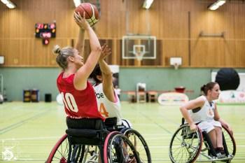 Die Damen aus Holland gewinnen das Spiel 6 des World Super Cups 2018 gegen die Damen aus Großbritannien mit 45:38 (HZ 27:16). Frankfurt, Skywheelers Dome