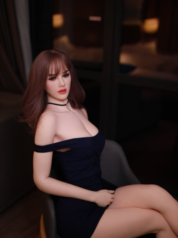 Charlotte Sexdoll 1