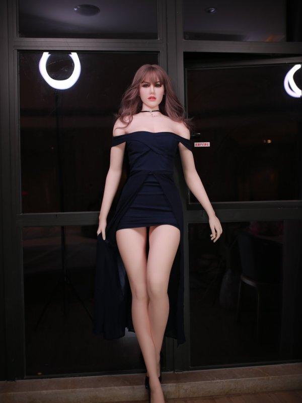 Charlotte Sexdoll 13