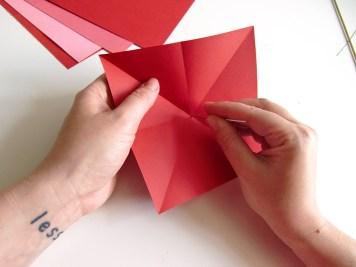DIY - Fleurs en papier trou - Wundertute