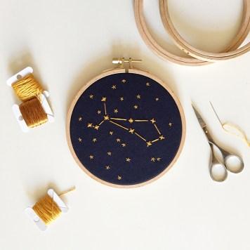 Constellation brodée
