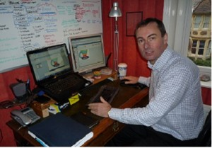 Mark Stonham using my top social selling apps in my home office
