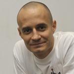 Tom Lakos LinkedIn Portrait Image