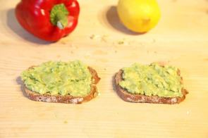 Avocado-Brot Sprossen LaVita Gesundes Pausenbrot