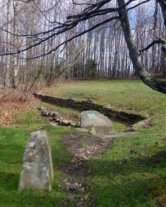 Stone Fairfax and the pioneering Potomac Monument are the key qualities at the Fairfax State Park. Photo courtesy Traveling219.com.