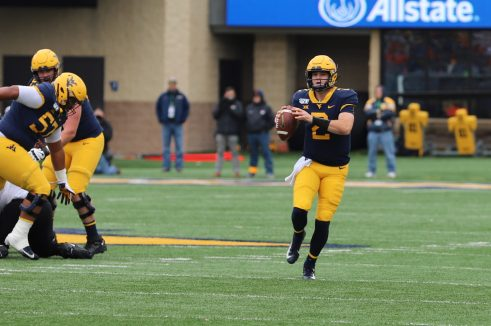 QB Jarrett Doege looks for an open receiver.