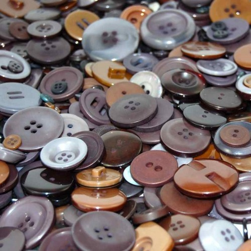 Brown-craft-buttons