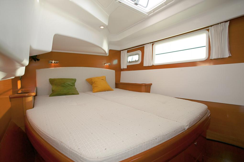 Elite Island Yachts Cruise Club Offers The Avid Sailing