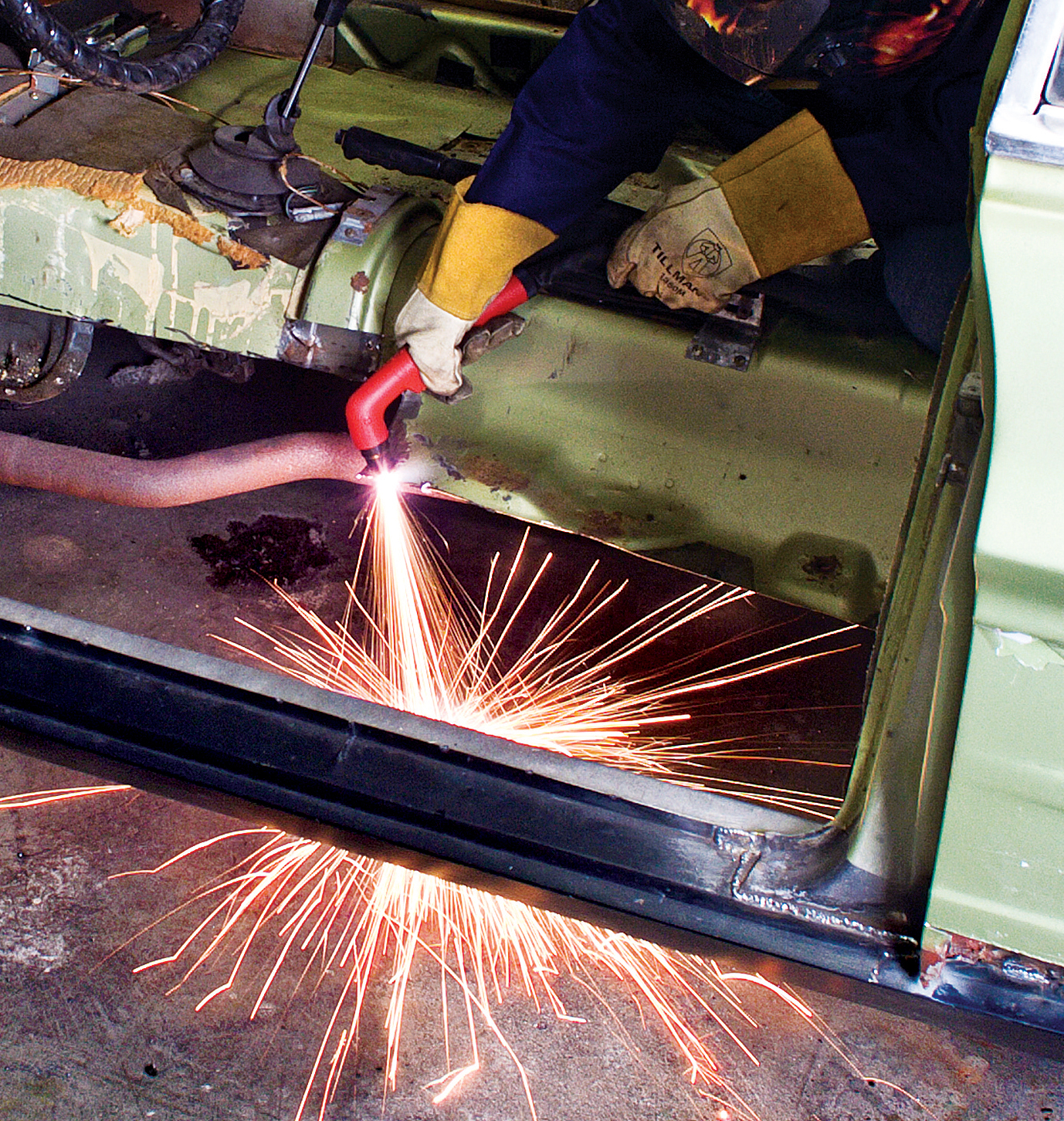 Exclusive Eastwood Engineered Versa Cut Plasma Cutter Launched