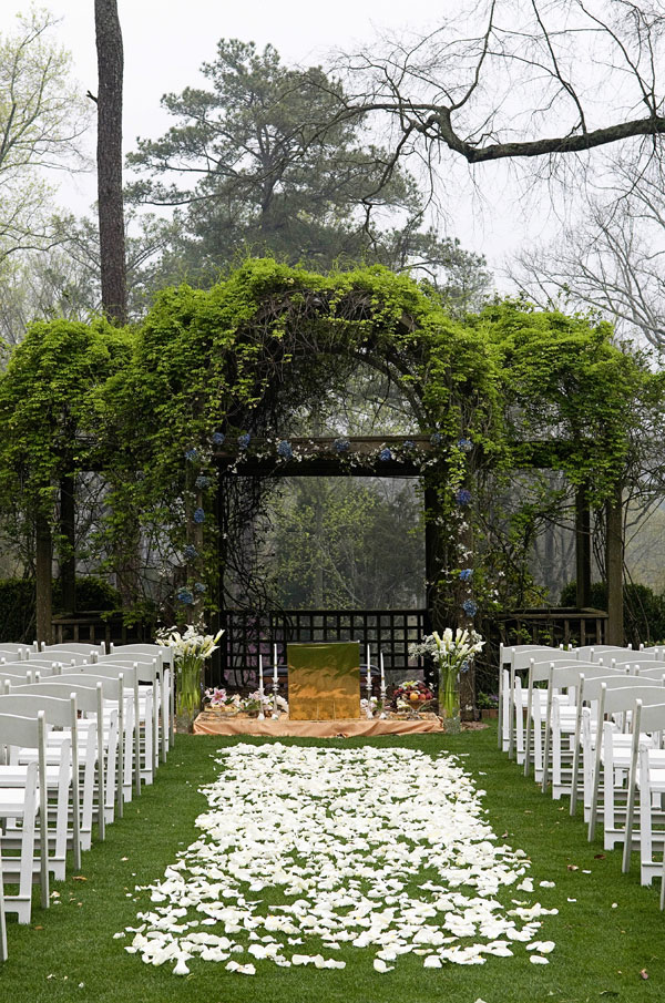 Couples Can Find Their Happily Ever After With A Wedding At Barnsley Gardens Resort