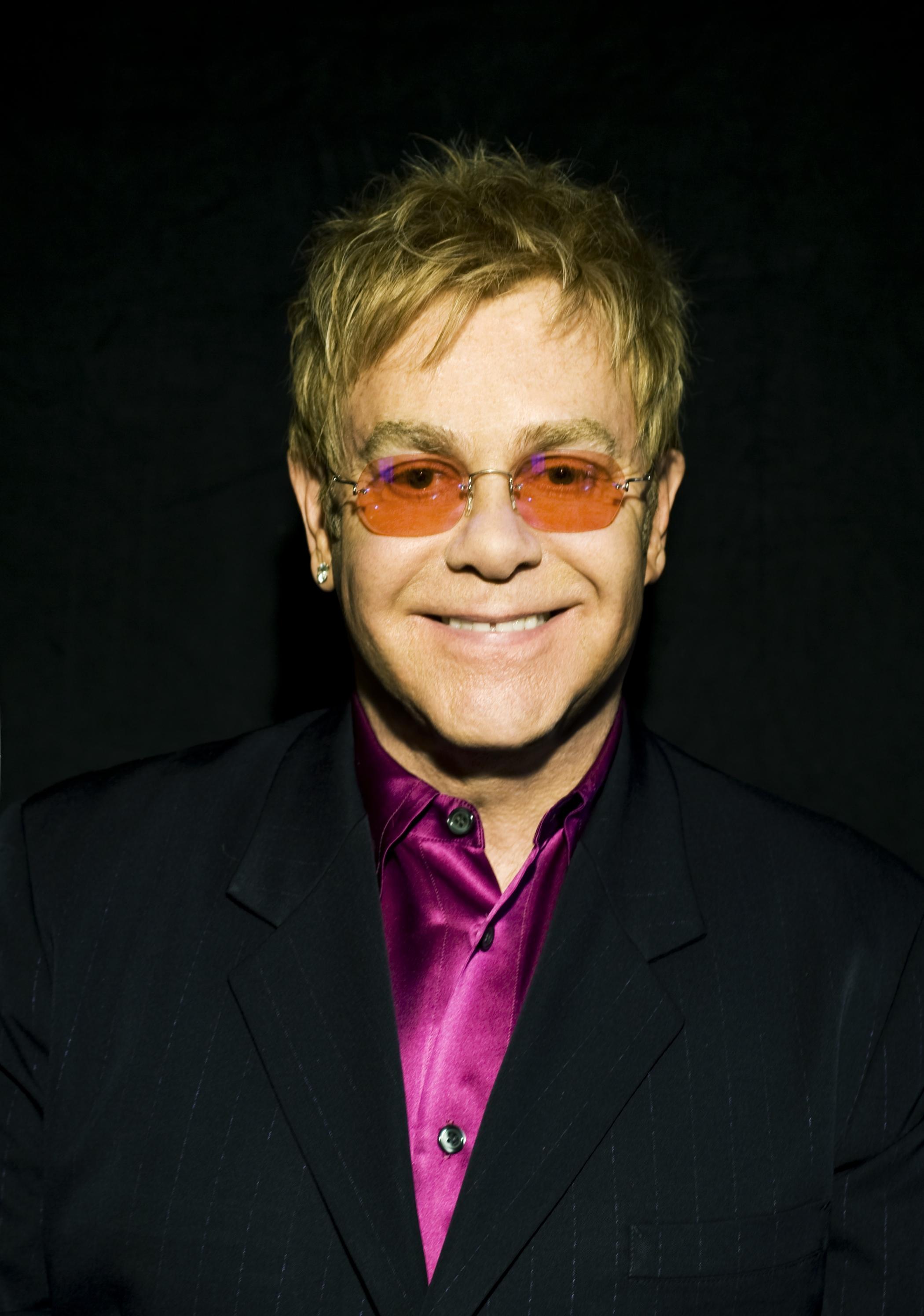Elton John To Perform Live Around The World Remotely As