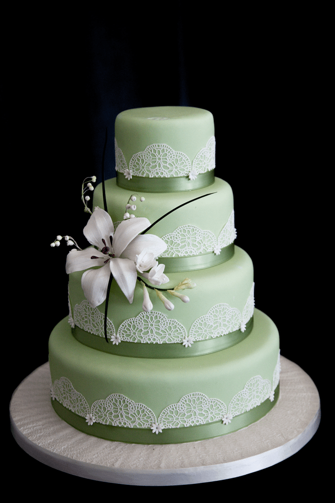 The Pavilion S Top Three Wedding Cake Trends For 2014