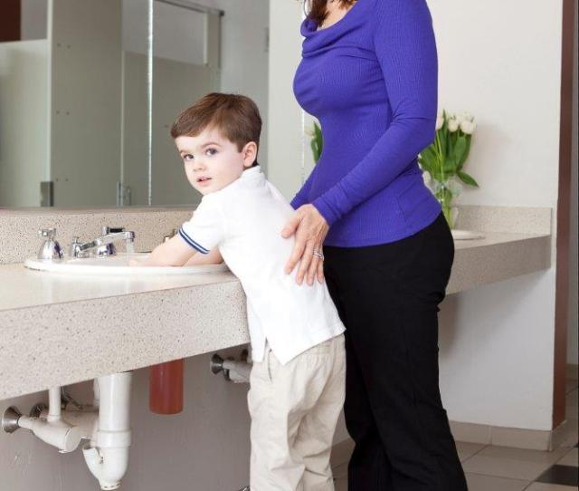 Child Using Step N Wash