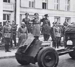 Russo-German victory parade at Brest-Litovsk.