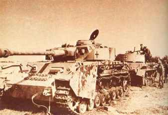 Disabled Panzer IV Ausf H, near Voronezh in Russia